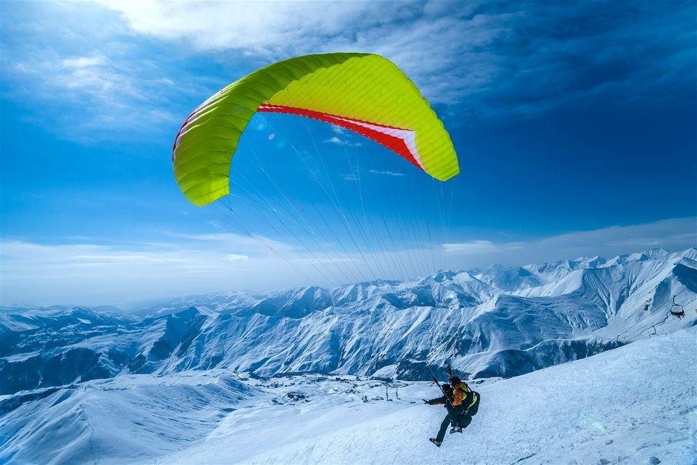 paragliding-in-gudauri
